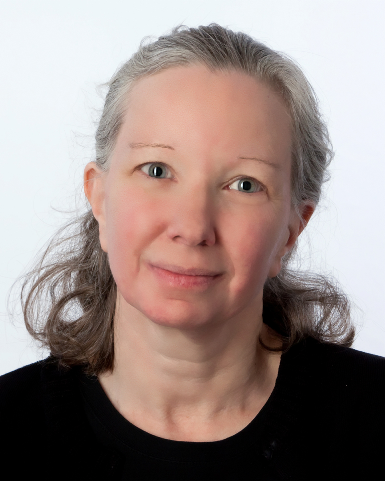 headshot photo of Linda W. Braun